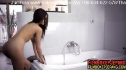nubilefilms_bathe_1920.mp4
