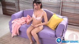 Shy_Japanese_teen_pleasures_herself_with_a_sex_toy.mp4