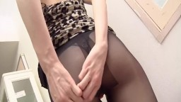 Skinny_Japanese_milf_with_sexy_lingerie_gets_a_hot_creampie.mp4